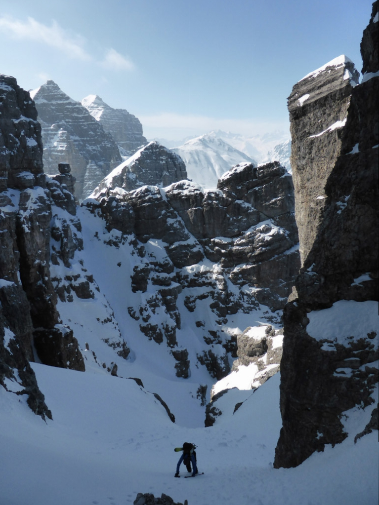 Von der Vorgipfel-Scharte muss man ca 50 Höhenmeter absteigen