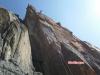 Luftiger 50m Abseiler vom Vorgipfel zum Fuß des Obelisken