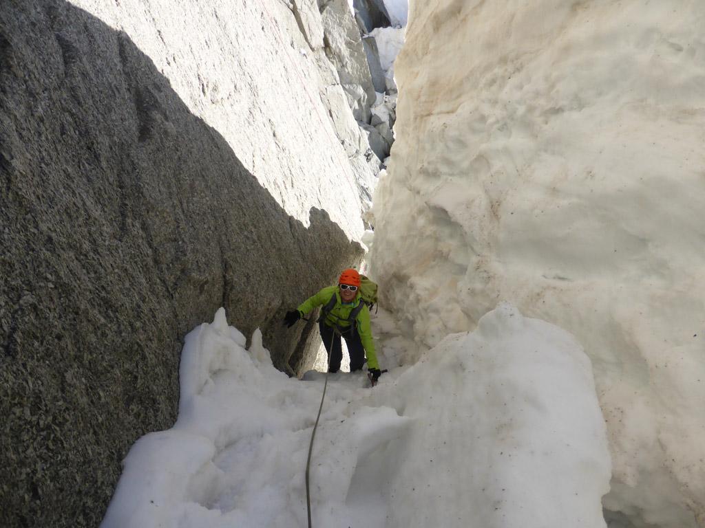 Genialer Durchschlupf beim Bergschrund