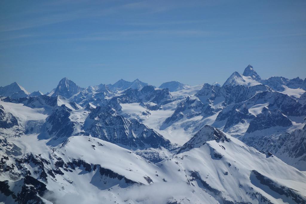 Blick vom Gipfel Richtung Matterhorn