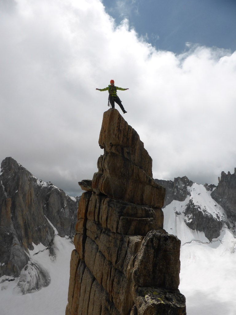 Claudia am Gipfel des Trident
