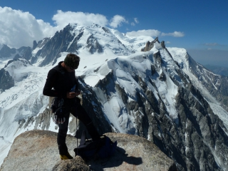 Am beeindruckenden Gipfel der Aiguille du Plan