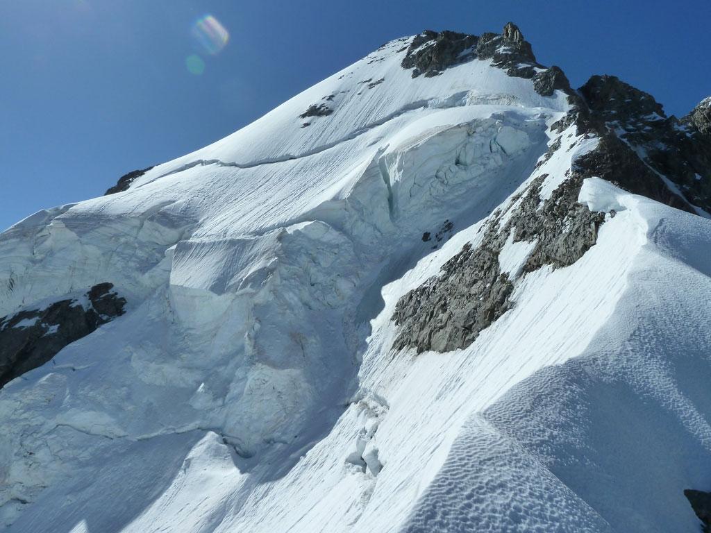 Der lange Grat hinauf zum Mont Dolent