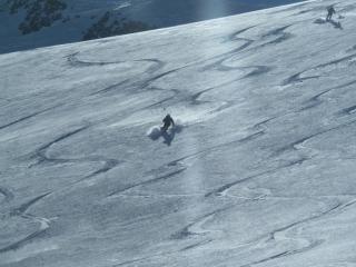 Abfahrt am oberen Gletscher