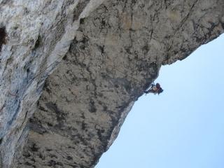 SL 9: Großes Dach in der Wandmitte