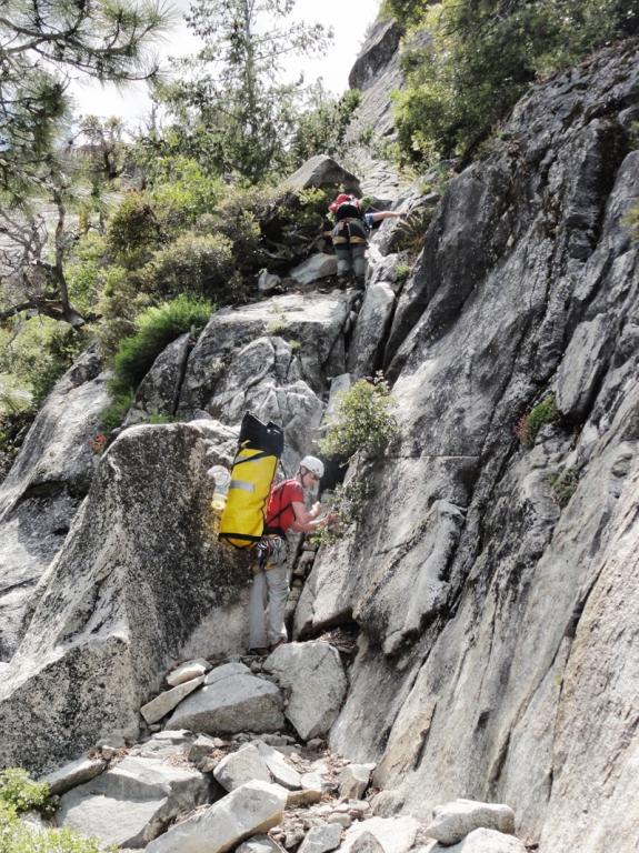 2er Gelände beim Abstieg - Foto by Peter Rauscher