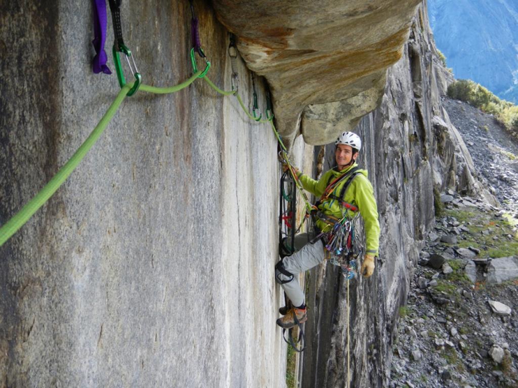 Kletterausrüstung Sicherung : Neue sicherungsgeräte bei klettern